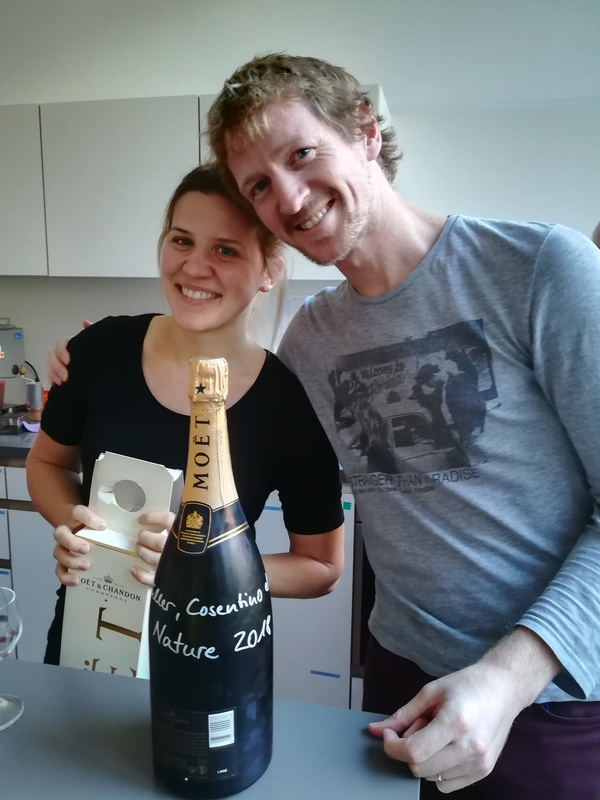 Laura_and_Raul_Champagne